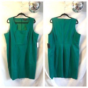 Eloquii Erika Kelly Green Fitted Sheath Dress